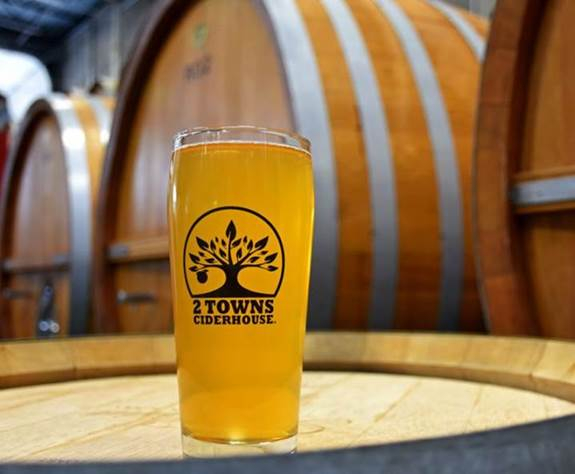2 Towns Ciderhouse Tasting