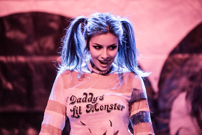 Suicide Girls: Blackheart Burlesque