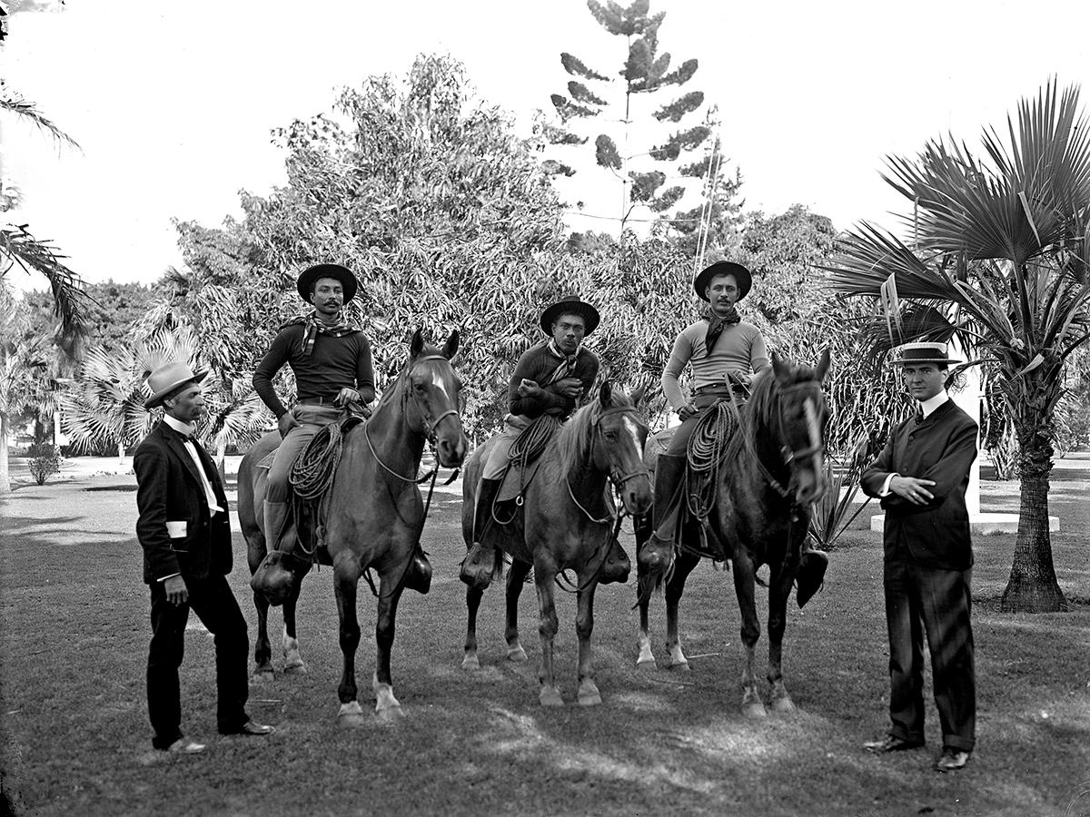 Kalama Harbor Lodge Aloha Rodeo Three Hawaiian Cowboys