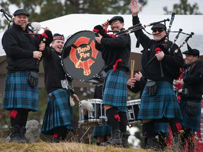 Bend Fire Pipes and Drums