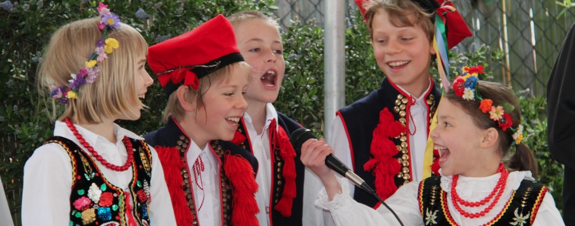 Polish School Student Dancers & Singers