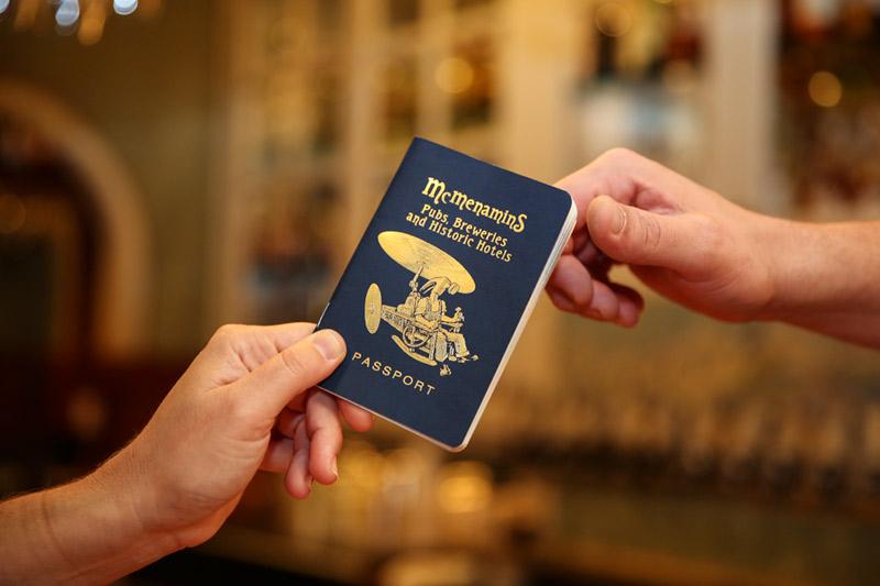 Passport_handoff